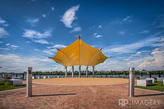 Smothers Park - Canopy (AP Imagery) Tags: park downtown pavilion daytime canopy overlook ohioriver owensboro batwing smothers