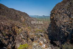 CO_Chapada0228 (Visit Brasil) Tags: travel brazil tourism nature horizontal brasil natureza unesco adventure árvore chapada cavalcante ecoturismo vegetação ecotourism semgente centrooeste penhascos diurna pontedepedra visitbrasil