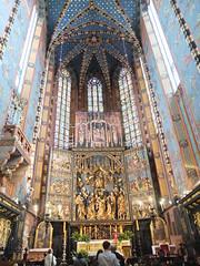 DSCF0242 (ferenc.puskas81) Tags: church europa europe basilica may poland krakow chiesa fujifilm polonia maggio cracovia 2016 kosciolmariacki basilicadisantamaria altaremaggiore