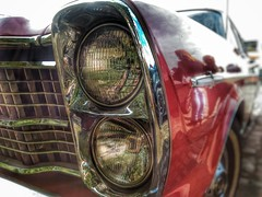 Ford Landau (V.R.V) Tags: old light red ford luz lamp car muscle vermelho smartphone carro headlight farol asus v8 velho selfie landau snapseed zenfone