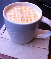 Para el fro (Angeles2021) Tags: apple caf interior caramel starbucks fro iphone