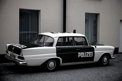 Polizei (debeeldenplukker) Tags: monochrome car mercedes police oldtimer polizei