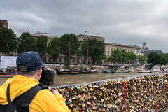 Crue de la Seine en 2016 (Touristos) Tags: paris seine cadenas pontneuf inondation crue photographe squareduvertgalant crue2016