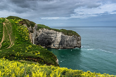 La pointe de la Courtine (Karosei) Tags: light france french coast licht hiking cliffs normandie frankrijk normandy falaise etretat normandi alabastercoast rotskust lesfalaisesdetretat cotedalbatre albastercoast 2015karoseiphotography