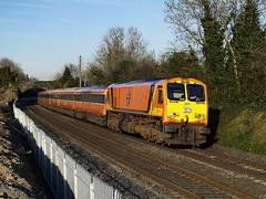 201 on 18:30 Heuston-Tralee at MP9 04-April-07. (metrovick) Tags: railroad railway irishrail mk3 emd iarnrodeireann 201class jt42hcw ie201 ie201class brelmk3 stacumnybridge emdexportloco
