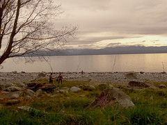 she keeps me warm (Lívia.Monteiro) Tags: world family pink sky lake argentina view peaceful traveling meet bariloche