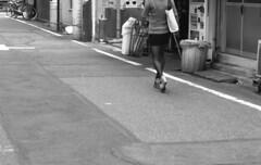 160528_SRT101_021 (Matsui Hiroyuki) Tags: minoltasrt101 minoltamctelerokkorpf100mmf25 epsongtx8203200dpi lomographybwladygrayiso400