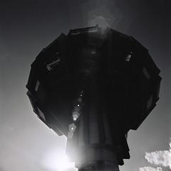 Alien Ship (ucn) Tags: berlin architecture backlight architektur gegenlicht steglitz agfarodinal rolleiflexsl66 distagon40mmf4 developer:brand=agfa developer:name=agfarodinal adoxcms20ii filmdev:recipe=10847
