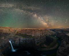 palousefalls (n_umo_1) Tags: park sky river dark outside waterfall washington nikon state hiking explorer canyon falls milkyway palouse airglow