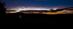 leuchtende Nachtwolken über dem Bieleboh (matthias_oberlausitz) Tags: nacht nlc wetter beiersdorf nlcs oberlausitz phänomen leuchtende wetterphänomen bieleboh nachtwolken