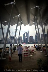 Summertime in The City (jomak14) Tags: wheremyrunningshoestakeme newyork longislandcity eastriver midtownmanhattan skyline
