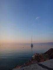 Early morning in Bol (20denier) Tags: morning sea sunrise harbour croatia bol bra