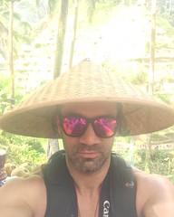 De paso por #Bali , #Indonesia al mejor estilo local ! (31d2e79f364131222edc52ad052e8120) Tags: bali indonesia de al paso estilo local por mejor