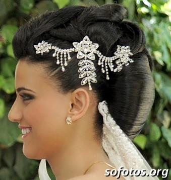 Penteado para noiva morena