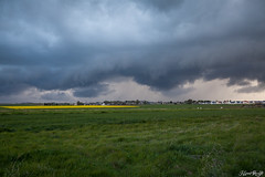 Le retour (NeoNature) Tags: cloud storm france weather canon landscape scenery structure shelf normandie convection paysage calvados meteorology neonature mtorologie stormscape arcus orageux pluvio