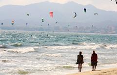 Kitesurfing in Bucerias, Mexico (Robert Bortolin) Tags: kite water silhouette mexico surf waves jalisco kitesurfing bucerias puertovallarta watersports walkingonthebeach