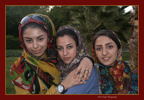 3 Shiraz girls