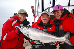 Salmon fishing at Langara Fishing Lodge, Haida Gwaii (Langara Fishing Adventures) Tags: fish canada alaska women bc britishcolumbia families pacificnorthwest tyee queencharlotteislands grahamisland salmonfishing fishinglodge chinooksalmon kingsalmon haidagwaii springsalmon oncorhynchustshawytscha langaraisland dixonentrance fishinglodges langaralodge langarafishingadventures langarafishinglodge langarafishing