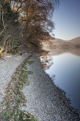 Autumn Shore on Derwent Water (mrktulip) Tags: mountains landscape nikon lakedistrict cumbria d90 derwantwater leendgrads