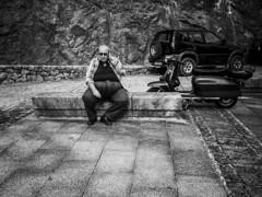 ::.: (kalekumeak) Tags: street people bw apple blackwhite calle gente streetphotography bn kale euskalherria basquecountry paisvasco blanconegro guipuzcoa oati arantzazu gipuzkoa zuribeltz jende iphone5 ionmarkel iphoneography kalekumeak iphonekeriak