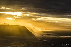 Cuando el sol baj a hablarme.... (ANAIGP) Tags: sol mar asturias puestadesol marcantbrico oviana
