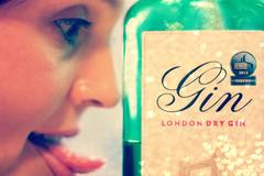 Gin! (*Vindaloo*) Tags: selfportrait gin hereios hpad2014 hpad070514