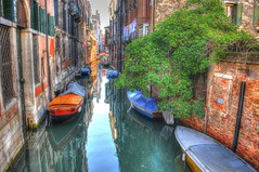 venezia 31.01.2015 (walter spangher) Tags: venice sexy girl sex fun barca italia babe barche teen gondola venezia colori hdr riflesso d300 colorato italija