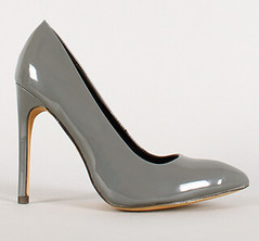 "patent stiletto pointy toe pump grey • <a style=""font-size:0.8em;"" href=""http://www.flickr.com/photos/64360322@N06/16325601916/"" target=""_blank"">View on Flickr</a>"