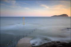 Steps to nowhere (jeanny mueller) Tags: light sea seascape water sunrise way scotland meer steps insel islay northberwick isle schottland stufen