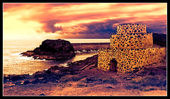 The Watchtower - El Cotillo - Fuerteventura - Canary Islands (D. Pacheu) Tags: ocean sea mer tower spain fuerteventura canaryislands rocher watchtower pacheu