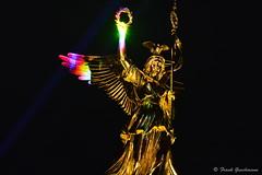 Global Rainbow 011 (Frank Guschmann) Tags: nikon laser siegessule laserprojektion d7100 yvettemattern globalrainbow frankguschmann nikond7100