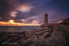 France - the lighthouse of Ploumanac'h (Toon E) Tags: sunset lighthouse france brittany sony frankrijk phare 2016 tonika a6000 vuurtorenbretagne tonikaatx116pro1116f28