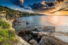 In cammino verso il sole. (davide.calasanzio) Tags: sunset sea landscape tramonto mare acqua paesaggio castelluccio flickrsicilia