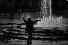 Water Dancing (mdss68) Tags: berlin water fountain dance fuji acros lustgarten