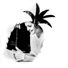 l'ananas (zventure,) Tags: zventure noiretblanc fruit ananas monochrome modle paris portrait blackandwhite femme chaise gants blanc annes60 retro vintage sourire tiragesurpapierguilleminot argentique analogic hasselblad 500cm hasselblad500cm