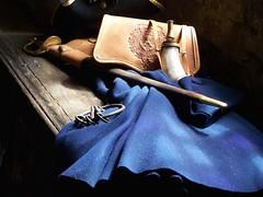 Items at Fort Niagara, New York (Brynn Thorssen) Tags: wood blue newyork wool hat sword powderhorn fortniagara kets skeletonkeys