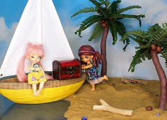 Treasure Island #12 (Arthoniel) Tags: sky island boat miniature sand doll treasure coconut ns tan sunny palmtree tiny pirate sail bjd resin jewels wink prop diorama tilly winking balljointeddoll latidoll lati kytes latiyellow normalskin