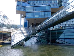 Fluchtpunkt - Nord/LB Headquarter (mikehaui60) Tags: pen germany bank hannover architektur modernarchitecture headquarter lowersaxony nordlb mft epm2 olympuspenepm2