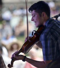 The violinist (photoroberto) Tags: music concert bluegrass violin carlisle dickinson