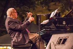 Two Thumbs Up (gamelaner) Tags: minnesota piano stpaul saintpaul quartet ellismarsalis twothumbsup lowertown mearspark twincitiesjazzfestival