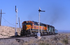Let the race begin! (ujka4) Tags: newmexico springer nm blades semaphore 7334 sd402 ratonsubdivision