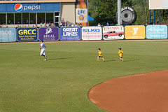 Cameron and his shadows 001 (mwlguide) Tags: people field june kids children nikon baseball stadium caps grandrapids fans bp 53 ballpark v2 leagues 2016 midwestleague westmichiganwhitecaps ballyard fifththirdballpark oldkentpark comstockpark okp 3160 1v2 bowlinggreenhotrods nikon1v2