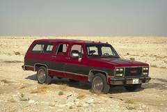 South Of Singing XVII (Doha Sam) Tags: summer digital sand nikon raw desert offroad suburban dunes 1991 wilderness gmc qatar burbie d80 southerndesert samagnew smashandgrabphotocom wwwsamagnewcom maketiff manualrawprocessing