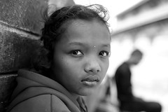 Niente (cisco image ) Tags: nepal red portrait girl 35mm canon lens eyes eyecontact sigma occhi sguardo soul presence ritratto gorkha presenze eos6d f2o soulsound