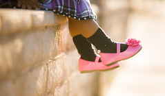 Await (picazam) Tags: pink baby black socks wall canon toddler shoes bokeh 5d frock bir azam mkiii seher picazam 5dmkiii