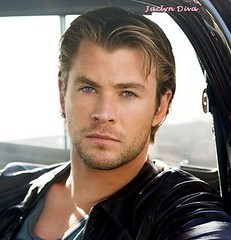 OMG those eyes Chris Hemsworth (Jaclyn Diva) Tags: chrishemsworth thorshammer chrishemsworthpictures chrishemsworthgallery sexychrishemsworthpictures actorchrishemsworth chrishemsworthshirtless hunkchrishemsworth