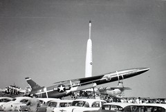 Fife_000073 (San Diego Air & Space Museum Archives) Tags: airplane aircraft aviation snark dac thor douglas usairforce militaryaviation pw cruisemissile curtiss prattwhitney unitedstatesairforce northrop t34 douglasaircraft cargomaster c133 j57 sm62 c133a c133cargomaster sm62snark douglasc133 c133acargomaster douglascargomaster douglasc133cargomaster snarkmissile prattwhitneyj57 540140 northropsnark northropsm62 northropsm62snark prattwhitneyt34 prattwhitneyt34p9w pwt34 t34p9w rayfife thirmissile usaf540140 af540140 c133a5dl