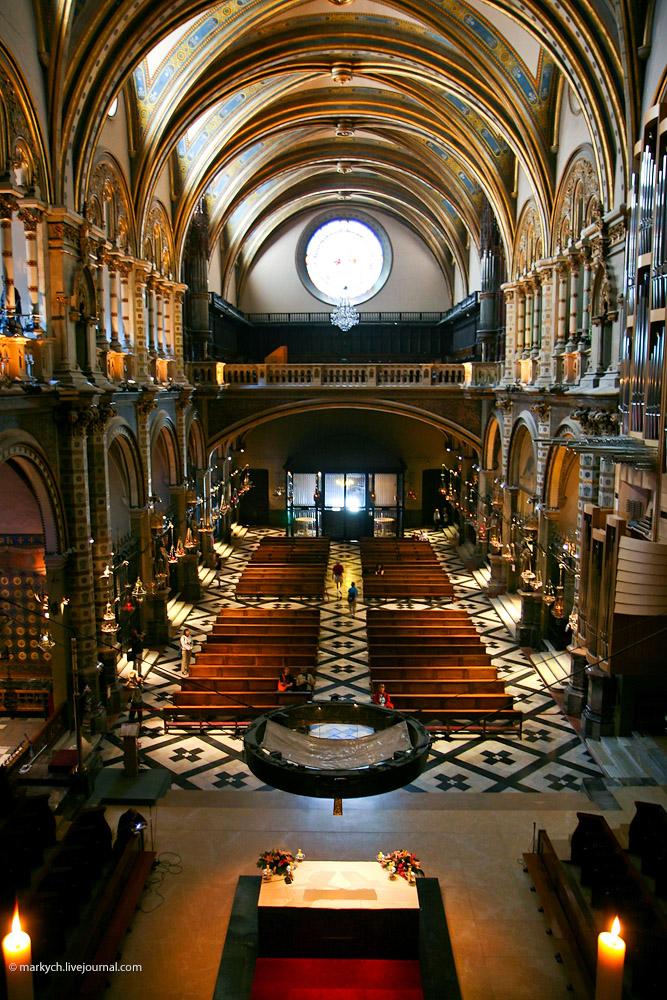 Оргия на каталонской святыне