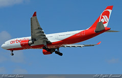 Air Berlin Airbus A330-223 (D-ALPF) (Michael Davis Photography) Tags: camera chicago airplane photography aviation flight jet landing airbus arrival ord runway chicagoohare a330 airliner chicagoillinois jetliner airberlin a330200 airbusa330 kord internationalflight dalpf aviationphotogrpahy