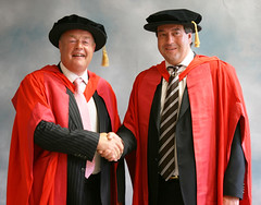 Derek McMinn & Ronan Treacy Honourary MD - University of Birmingham (The McMinn Centre) Tags: md birmingham university ronan 2009 bhr treacy hipresurfacing birminghamhipresurfacing surfacehippy hipreplacment derekmcminn